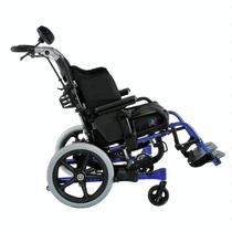 Sunrise / Quickie Iris ™ SE Pediatric Manual Wheelchair