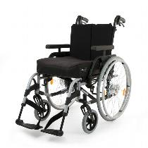 Sunrise / Quickie Breezy Elegance Platinum Lightweight Wheelchair