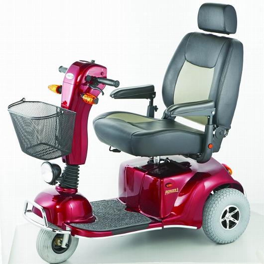 Pioneer 9 DLX HD 3-Wheel Scooter